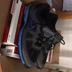 Men's Nike Hyperfuse size 9.5